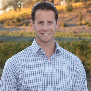 Paul Bailey, Rising Wine Stars, 2020 Hospitality and Guest Relations Award